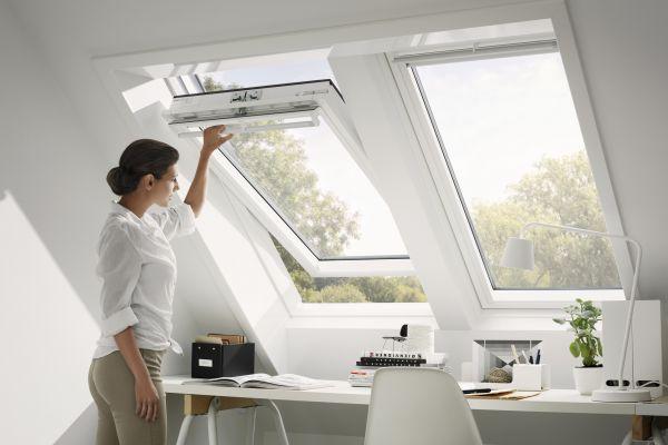 dachflaechenfenster-velux-integra-3A457D823-CF93-2377-3E76-479D270A56F5.jpg